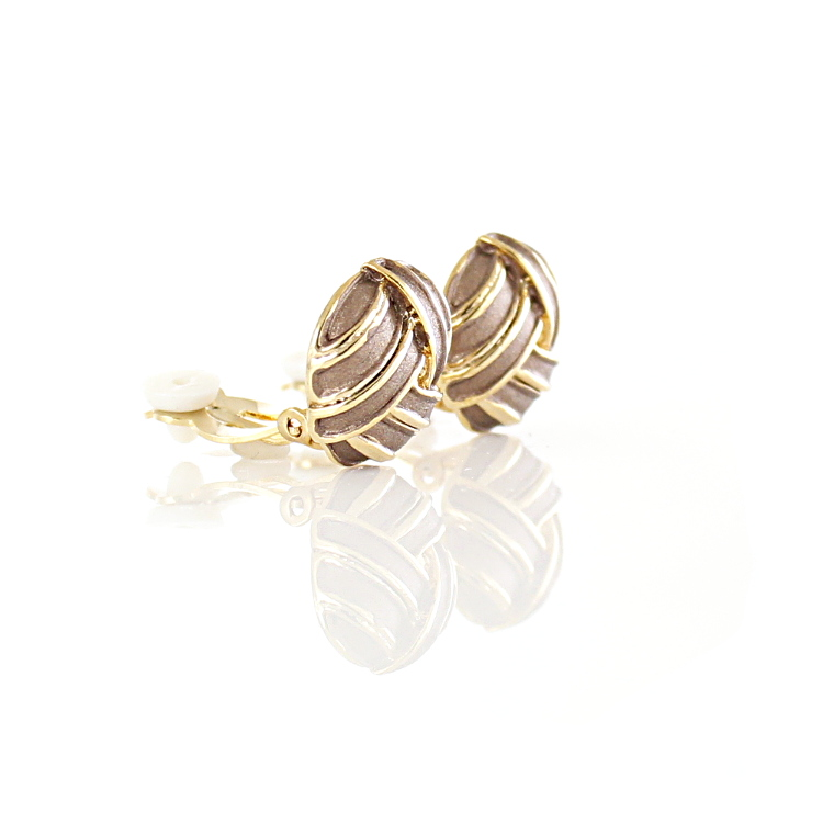 Rodney Holman Knot Clip On Earrings - Coffee on Gold