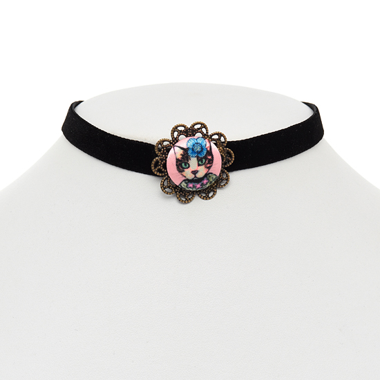 Posy Cat Button Choker Necklace