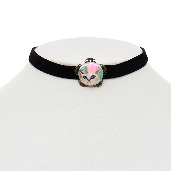 Rosy Cat Button Choker Necklace
