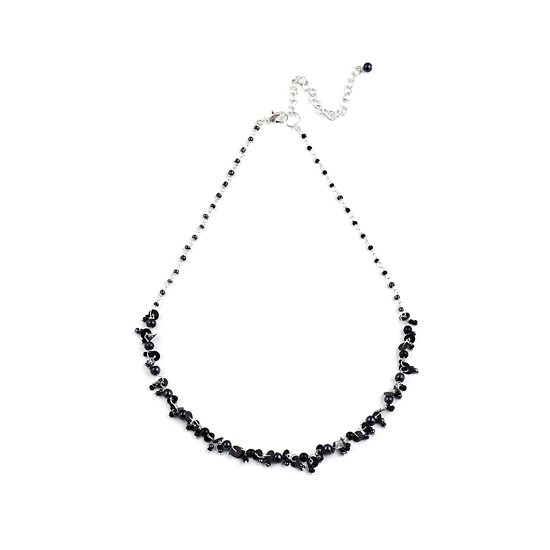 Look East Classic Petite Bead and Sequin Necklace - Black